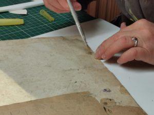 Greffe de papier sur un registre ancien